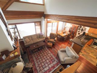 Photo 3: 4614 MONTEBELLO Place in Whistler: Whistler Village Townhouse for sale : MLS®# R2528597
