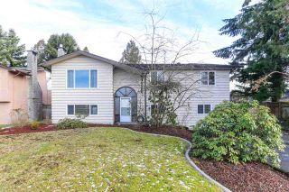 Photo 1: 11704 193B Street in Pitt Meadows: South Meadows House for sale : MLS®# R2426903