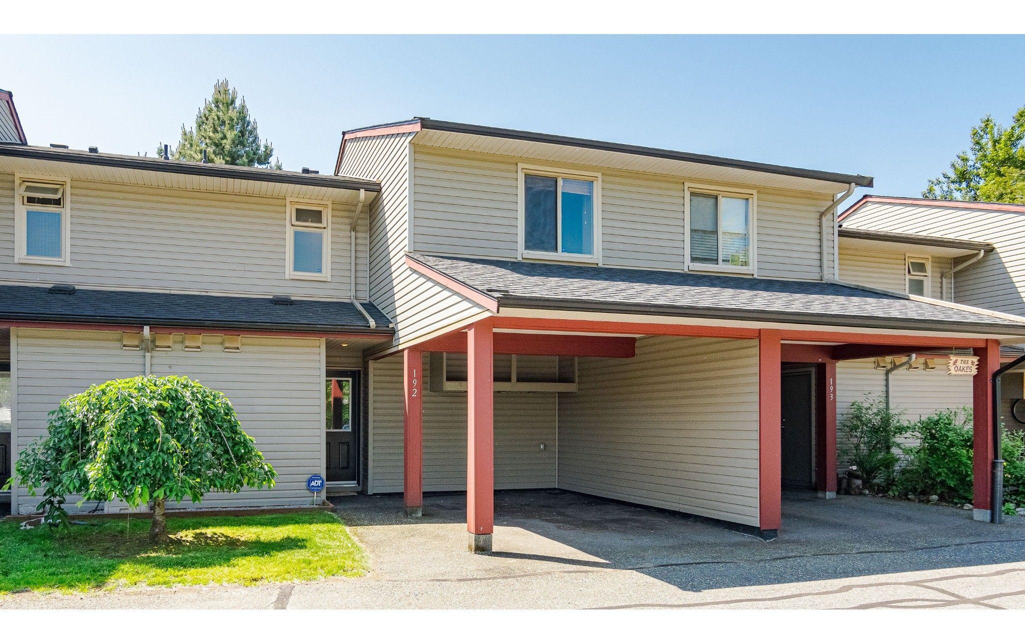 "Main Photo: 192 27456 32 Avenue in Langley: Aldergrove Langley Townhouse for sale in ""Cedar Park"" : MLS®# R2371784"