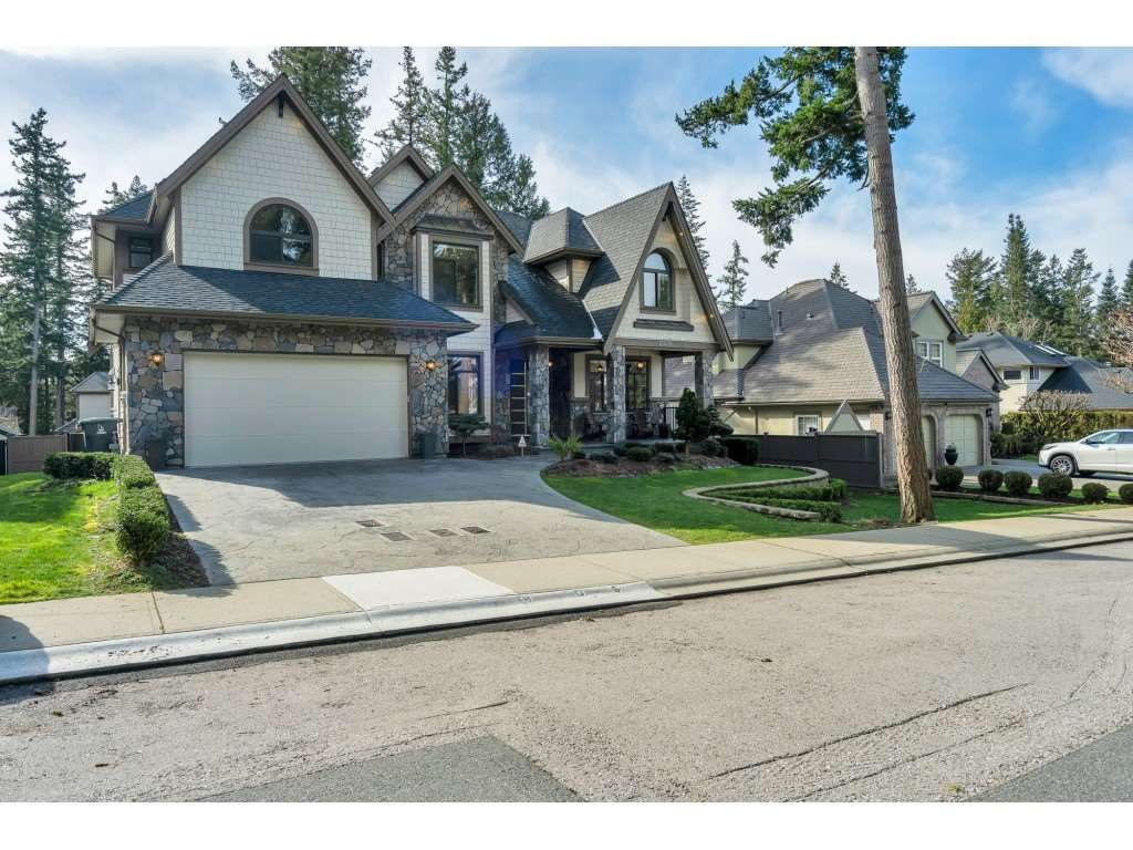 Main Photo: 13438 16A Avenue in Surrey: Crescent Bch Ocean Pk. House for sale (South Surrey White Rock)  : MLS®# R2569926