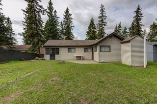 Photo 2: 289 Lakeshore Drive: Rural Lac Ste. Anne County House for sale : MLS®# E4261362