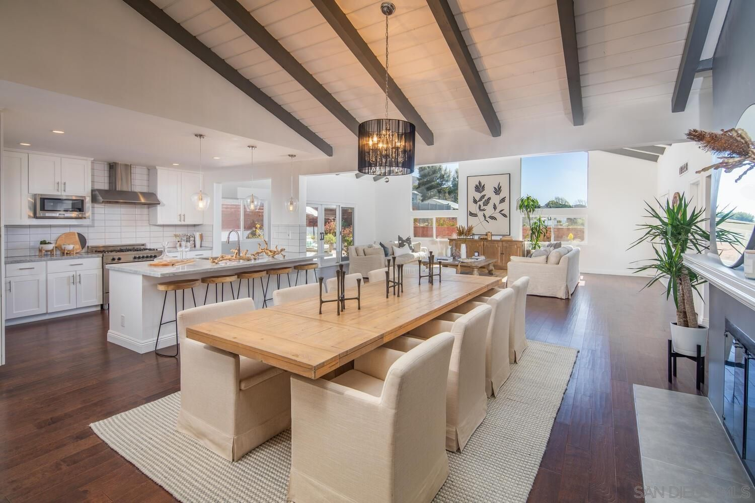 Main Photo: POINT LOMA House for sale : 4 bedrooms : 1220 Concord St in San Diego
