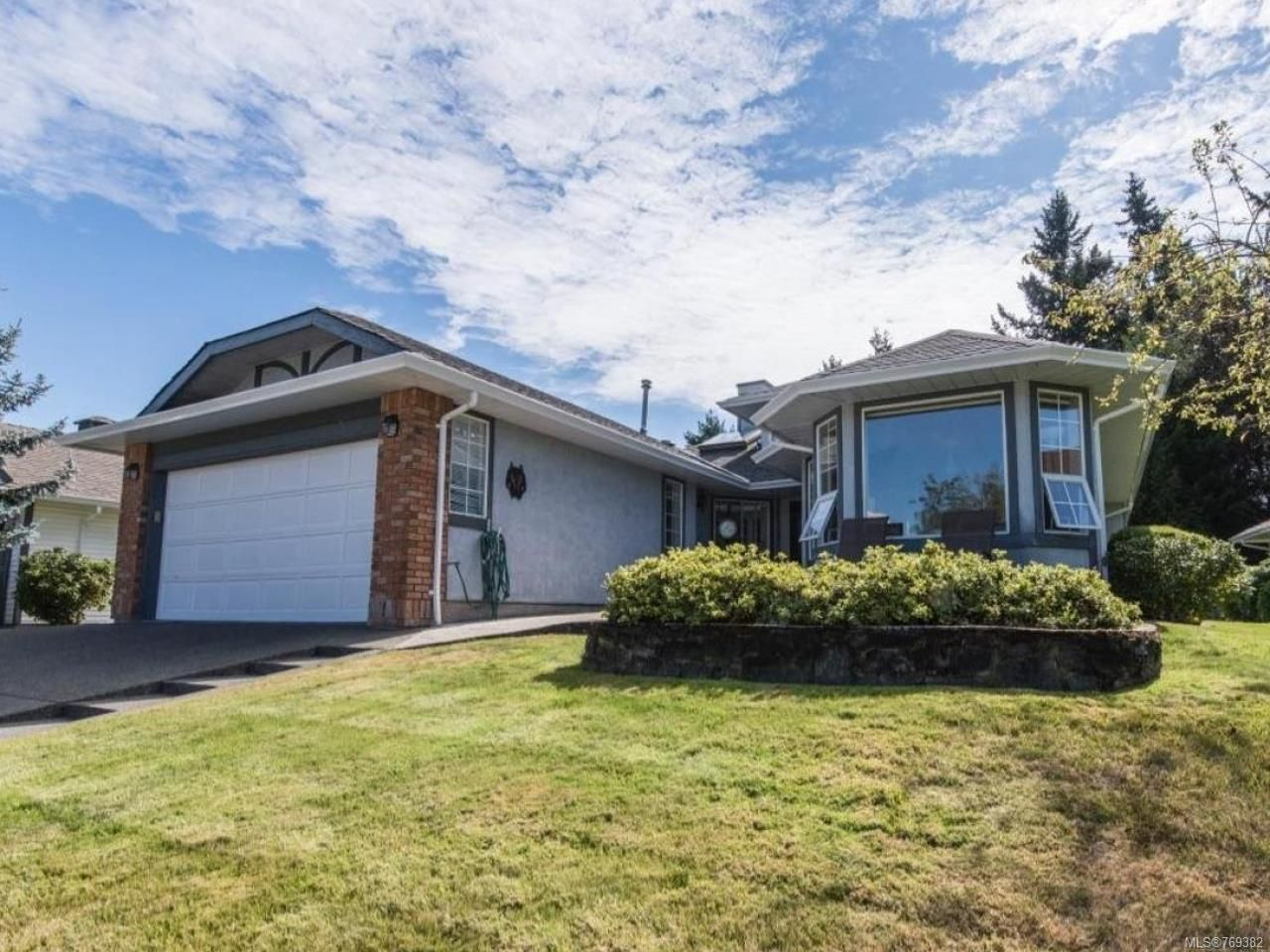 Main Photo: 3593 N Arbutus Dr in COBBLE HILL: ML Cobble Hill House for sale (Malahat & Area)  : MLS®# 769382