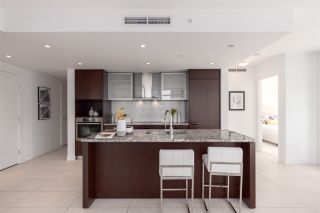 """Photo 5: 1402 1028 BARCLAY Street in Vancouver: West End VW Condo for sale in """"PATINA"""" (Vancouver West)  : MLS®# R2356934"""