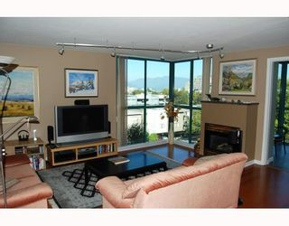 """Photo 2: 503 2988 ALDER Street in Vancouver: Fairview VW Condo for sale in """"SHAUGHNESSY GATE"""" (Vancouver West)  : MLS®# V789986"""