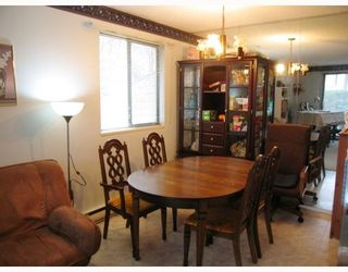 """Photo 3: 101 8040 COLONIAL Drive in Richmond: Boyd Park Townhouse for sale in """"Cherry Tree Place"""" : MLS®# V800665"""