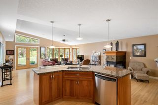 Photo 14: 164 Maple Court Crescent SE in Calgary: Maple Ridge Detached for sale : MLS®# A1144752