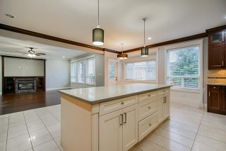 Photo 4: 8087 211 Street in Langley: Willoughby Heights House for sale : MLS®# R2434811