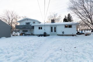 Photo 2: 655 Charles Street in Asquith: Residential for sale : MLS®# SK841706