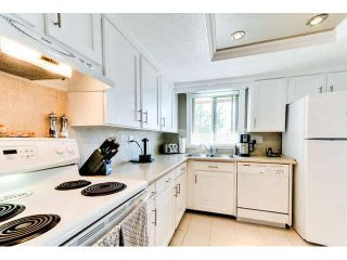 """Photo 10: 307 1368 FOSTER Street: White Rock Condo for sale in """"KINGFISHER"""" (South Surrey White Rock)  : MLS®# F1435155"""