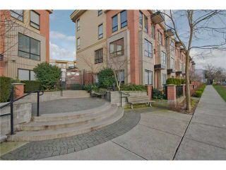 """Photo 1: # 111 1859 STAINSBURY AV in Vancouver: Victoria VE Townhouse for sale in """"THE WORKS @ COMMERCIAL DRIVE"""" (Vancouver East)  : MLS®# V990746"""