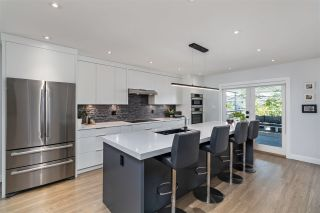 Photo 8: 520 E 21ST Avenue in Vancouver: Fraser VE House for sale (Vancouver East)  : MLS®# R2501526