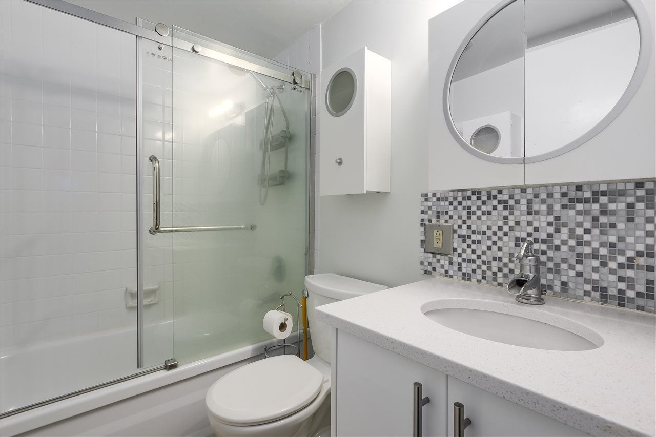 Photo 14: Photos: 213 2125 W 2ND Avenue in Vancouver: Kitsilano Condo for sale (Vancouver West)  : MLS®# R2230059