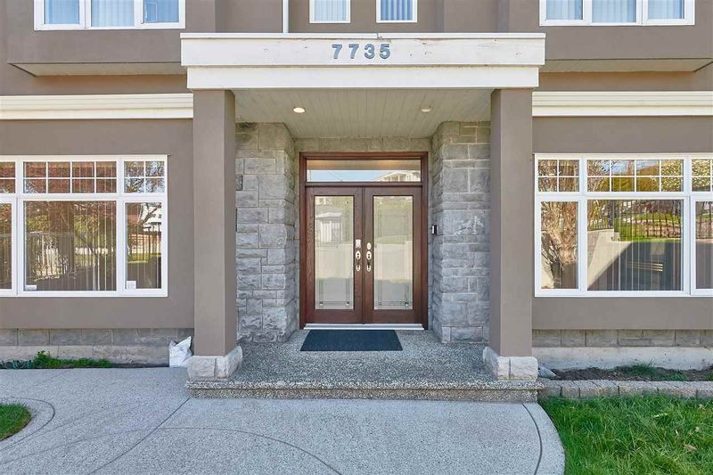 FEATURED LISTING: 7735 THORNHILL Drive Vancouver