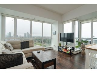 """Photo 4: 2504 10777 UNIVERSITY Drive in Surrey: Whalley Condo for sale in """"City Point"""" (North Surrey)  : MLS®# R2539376"""