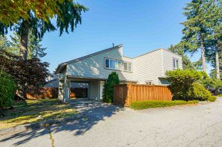 """Photo 1: 5 3397 HASTINGS Street in Port Coquitlam: Woodland Acres PQ Townhouse for sale in """"MAPLE CREEK"""" : MLS®# R2512704"""