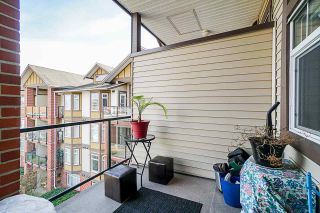 """Photo 10: 453 5660 201A Street in Langley: Langley City Condo for sale in """"Paddington Station"""" : MLS®# R2356475"""