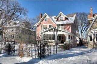 Photo 1: 207 Harvard Avenue in Winnipeg: Crescentwood Residential for sale (1C)  : MLS®# 1802539