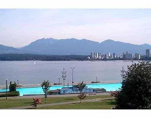 """Main Photo: PH 2368 CORNWALL AV in Vancouver: Kitsilano Condo for sale in """"BEACHVIEW TERRACE"""" (Vancouver West)  : MLS®# V560844"""