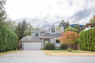 Photo 1: 41361 KINGSWOOD Road in Squamish: Brackendale House for sale : MLS®# R2127876