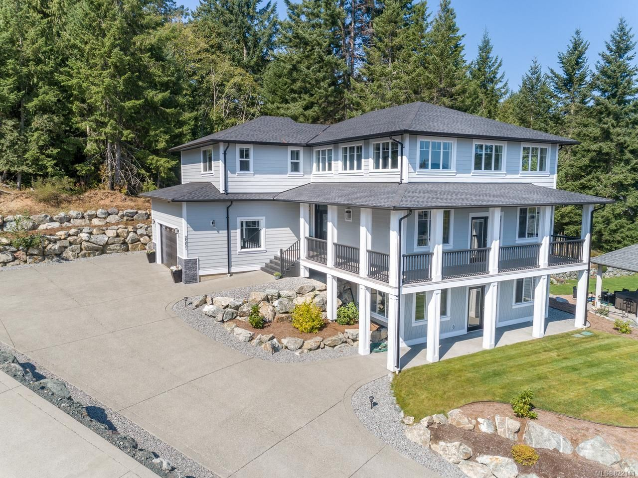 Main Photo: 2551 Stubbs Rd in : ML Mill Bay House for sale (Malahat & Area)  : MLS®# 822141