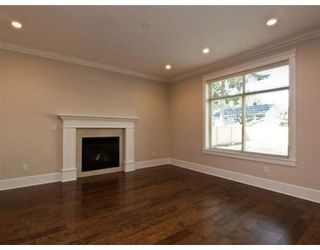 Photo 5: 634 W 17TH ST in North Vancouver: House for sale : MLS®# V868766