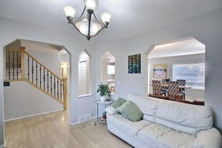Photo 5: 103 Chapalina Crescent SE in Calgary: Chaparral Detached for sale : MLS®# A1090679