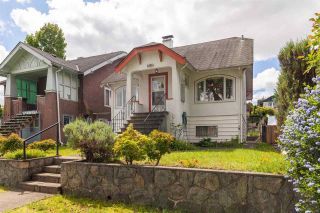 """Photo 1: 2356 KITCHENER Street in Vancouver: Grandview Woodland House for sale in """"Commercial Drive/Grandview"""" (Vancouver East)  : MLS®# R2592334"""