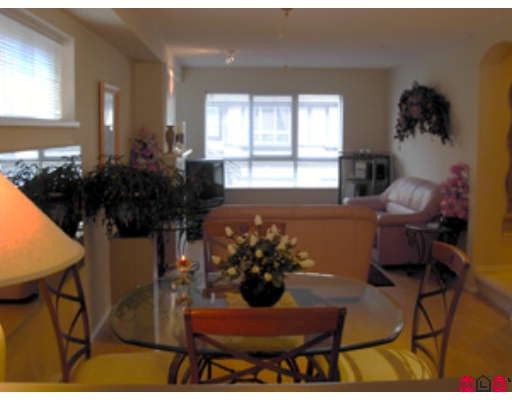 """Photo 5: Photos: 10 6747 203RD Street in Langley: Willoughby Heights Townhouse for sale in """"SAGEBROOK"""" : MLS®# F2903189"""