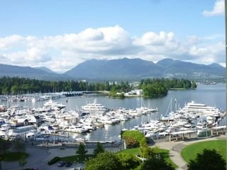 """Main Photo: 803 555 JERVIS Street in Vancouver: Coal Harbour Condo for sale in """"HARBOURSIDE PARK"""" (Vancouver West)  : MLS®# R2559431"""