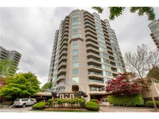 Photo 1: 205 1065 QUAYSIDE Drive in New Westminster: Quay Condo for sale : MLS®# V1123472