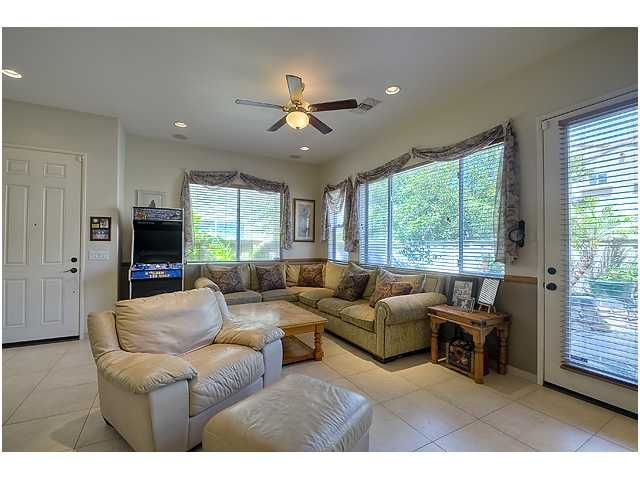 Photo 7: Photos: SCRIPPS RANCH Townhouse for sale : 3 bedrooms : 11821 Miro Circle in San Diego