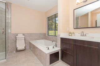 Photo 20: 14240 25th Avenue in South Surrey: Home for sale : MLS®# F140465