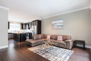 Photo 6: 31 14285 64 Avenue in Surrey: East Newton Townhouse for sale : MLS®# R2348492