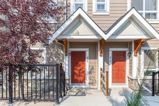 Main Photo: 908 Sherwood Boulevard NW in Calgary: Sherwood Row/Townhouse for sale : MLS®# A1132792