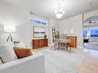 Photo 16: 30 Springborough Crescent SW in Calgary: Springbank Hill Detached for sale : MLS®# A1070980