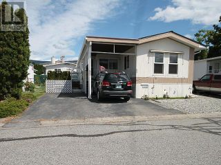 Photo 1: 53 - 98 OKANAGAN AVE E in Penticton: House for sale : MLS®# 179846
