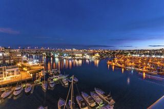 Main Photo: 701 1012 BEACH AVENUE in Vancouver: Yaletown Condo for sale (Vancouver West)