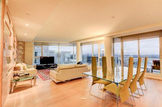 """Photo 15: 2701 1499 W PENDER Street in Vancouver: Coal Harbour Condo for sale in """"West Pender Place"""" (Vancouver West)  : MLS®# R2520927"""