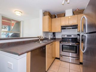 """Photo 5: 8 3477 COMMERCIAL Street in Vancouver: Victoria VE Townhouse for sale in """"La Villa"""" (Vancouver East)  : MLS®# R2552698"""