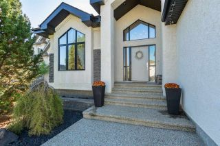Photo 2: 2450 TEGLER Green in Edmonton: Zone 14 House for sale : MLS®# E4237358