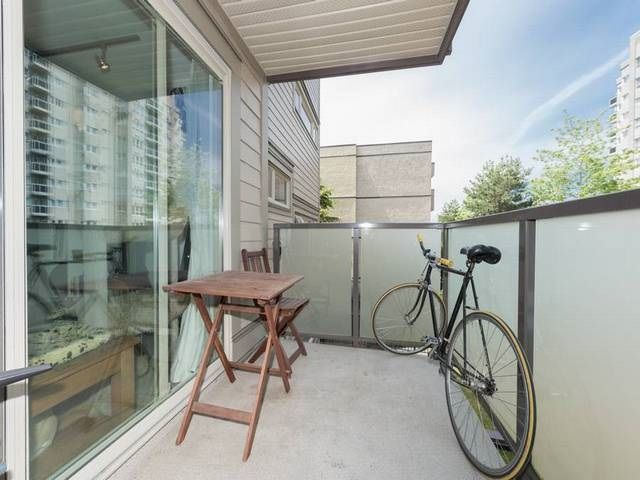 """Photo 11: Photos: 205 1864 FRANCES Street in Vancouver: Hastings Condo for sale in """"LANDVIEW PLACE"""" (Vancouver East)  : MLS®# R2077261"""