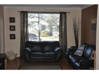 Photo 3: 216 Sydney Avenue in WINNIPEG: East Kildonan Residential for sale (North East Winnipeg)  : MLS®# 1507902