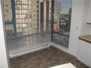 Photo 5: 901 98 10TH Street in New Westminster: Downtown NW Condo for sale : MLS®# V994164