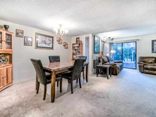 """Photo 7: 8551 WILDERNESS Court in Burnaby: Forest Hills BN Townhouse for sale in """"Simon Fraser Village"""" (Burnaby North)  : MLS®# R2490108"""