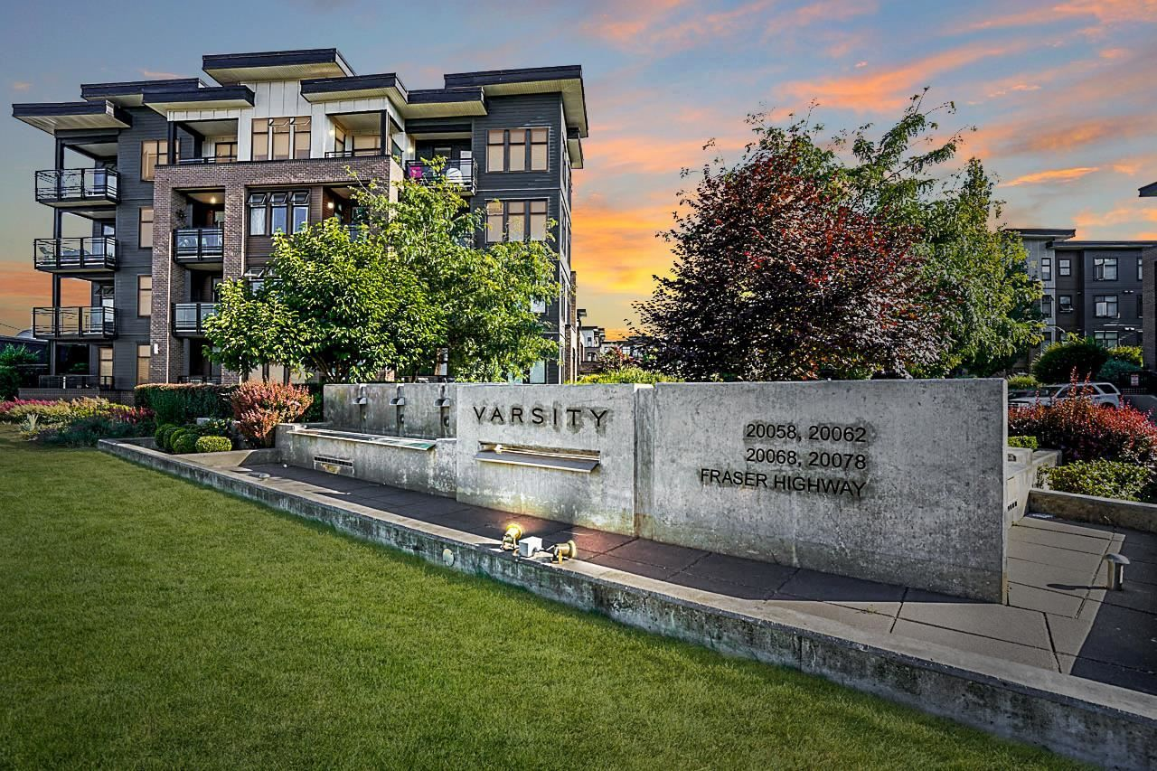 """Main Photo: 105 20062 FRASER Highway in Langley: Langley City Condo for sale in """"Varsity"""" : MLS®# R2599620"""