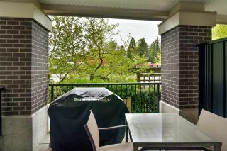 Photo 12: 123 9655 KING GEORGE Boulevard in Surrey: Whalley Condo for sale (North Surrey)  : MLS®# R2573402