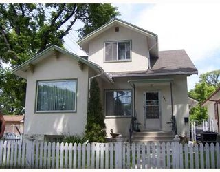 Photo 1: 347 BURROWS Avenue in WINNIPEG: North End Residential for sale (North West Winnipeg)  : MLS®# 2811191