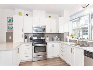"""Photo 7: 28 19477 72A Avenue in Surrey: Clayton Townhouse for sale in """"SUN AT 72"""" (Cloverdale)  : MLS®# R2586511"""