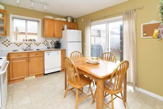 Photo 11: 29 SOMERVALE Close SW in Calgary: Somerset House for sale : MLS®# C4111976